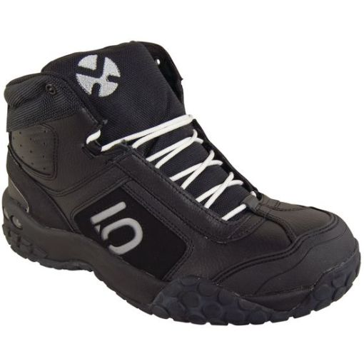 5.10 Impact Mid bike shoes that Kurt loves.