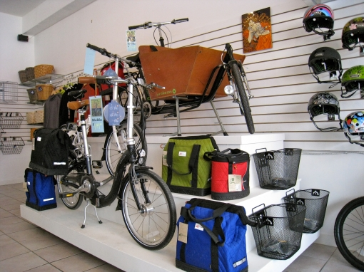 Panniers, folders and a dutch style cargo monster!