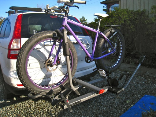 Sharon's Pugsley and Yakima rack...