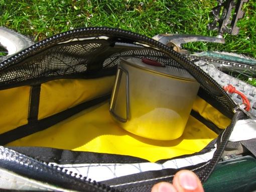 Pot inside my framebag...